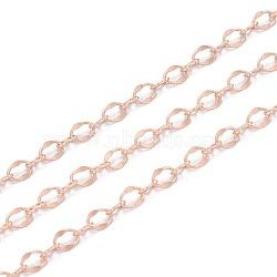 chaînes de croix en laiton, soudé, avec bobine, or rose mat, 4x3x0.2 mm et 3.5x2x0.2 mm; 5 m / roll(KK-I647-04MRG)