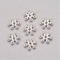 entretoises de perles en alliage de zinc plaquées de couleur argentée de flocon de neige, avec un trou, 8x2.5 mm, trou: 1.5 mm(X-PALLOY-Q062-S)