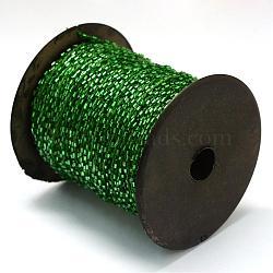 Cordons de perles de bugle transparents doublés d'argent, avec des câblés en polyester, avec des bobines de couleur aléatoire et des cordes en nylon, trou rond, verte, 1.5~3x1.5~2 mm; environ 100 mètres / rouleau(OCOR-R041-B03)