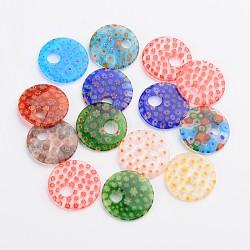 plats ronds pendentifs en verre à la main millefiori, couleur mélangée, 29~30x4~5 mm, trou: 6~9 mm(X-LAMP-F004-23)