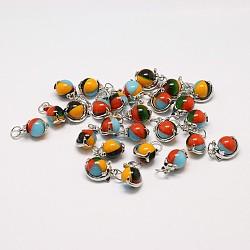 rondes pendentifs en verre à la main millefiori mixtes, avec les résultats pendentif en laiton de dauphin de platine plaqué, couleur mélangée, 12x17x10 mm, trou: 5 mm(LAMP-A147-10)