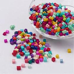 Perles de rocaille cubes en verre de couleur opaque, trou rond, couleur mixte, 3~7x3~4x3~4mm, trou: 0.5 mm; environ 500 pcs / 50 g(X-SEED-R026-A19)