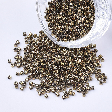Electroplate Cylinder Seed Beads, Uniform Size, Metallic Colours, Goldenrod, 1.5~2x1~2mm, Hole: 0.8mm, about 4000pcs/bag, about 50g/bag(SEED-Q036-02A-B04)