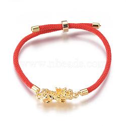 """Bracelets réglables en nylon, Bracelets coulissants, bracelets bolo, avec liens en alliage et accessoires en laiton, Pi Xiu, or, rouge, 9"""" (23cm); 3mm(BJEW-L639-04)"""