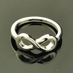 Дать свою подругу для сплава колец День Святого Валентина, бесконечность, серебряные, 17 мм(RJEW-G111-S)