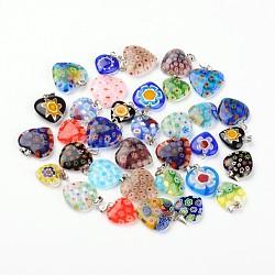modèle mixte pendentifs en verre coeur main millefiori, avec les résultats en laiton, platine, couleur mélangée, 17~25x14~20x4~6 mm, trou: 2~3x5 mm(X-LAMP-I011-01)
