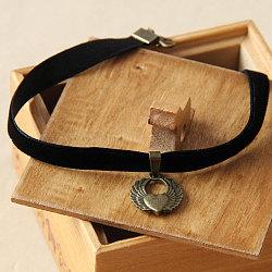 colliers choker gothiques, colliers de laine de cordon, avec l'aile en alliage, noir, 11(NJEW-N0052-323)