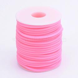 Tuyau creux corde en caoutchouc synthétique tubulaire pvc, enroulé aurond de plastique blanc bobine, hotpink, 3mm, trou: 1.5 mm; environ 25 m / rouleau(RCOR-R007-3mm-06)