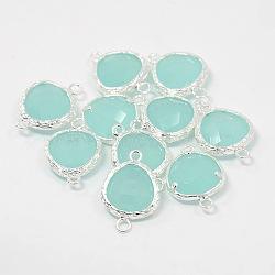 Maillons / connecteurs en verre en laiton plaqué argent, triangle facettes, paleturquoise, 19x13x5.5mm, Trou: 1mm(GLAA-J024-02S)