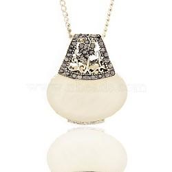 Antiques pendants de résine en alliage d'argent, avec hématite strass, sac à main, blanc, 29x25x9mm, Trou: 3x4mm(PALLOY-J314-02AS)