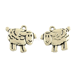 Pendentifs de moutons en alliage de style tibétain, sans plomb et sans cadmium, argent antique, 17x18x3mm, trou: 2 mm; environ 429 pcs / 1000 g(TIBEP-36577-AS-RS)