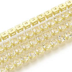 Chaînes en laiton avec strass, chaîne de tasse de rhinestone, cristal, 4mm, 1440 pcs strass / bundle, 6.26 m / bundle(CHC-Q005-01E)