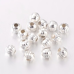 Fer ondulé séparateurs perles, couleur argentée, rond, 5 mm de diamètre, Trou: 2mm, environ 107 pcs/20 g(Y-E186Y-S)
