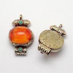 Pendentifs de style tibétain , la cire d'abeille imitation de résine, turquoise synthétique et conclusions en laiton doré anciennes, orange, 49x30x18mm, Trou: 5~7mm(PALLOY-F127-D-01)