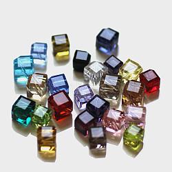 imitation perles de cristal autrichien, AAA grade, facettes, cube, couleur mélangée, 8.5x10x10 mm, trou: 0.9~1 mm(SWAR-F069-7x7mm-M)