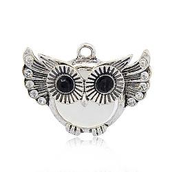 Antique Silver alliage de tonalité pendentifs hibou des yeux de chat pour Halloween, avec des strass, fumée blanche, 24x33x10mm, Trou: 2mm(PALLOY-J419-01AS)